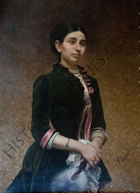 Milagros Elduayen y Martínez. VII marquesa de Valladares, hija del ingeniero y político José Elduayen y Gorriti y primera esposa del marqués de Alcedo.